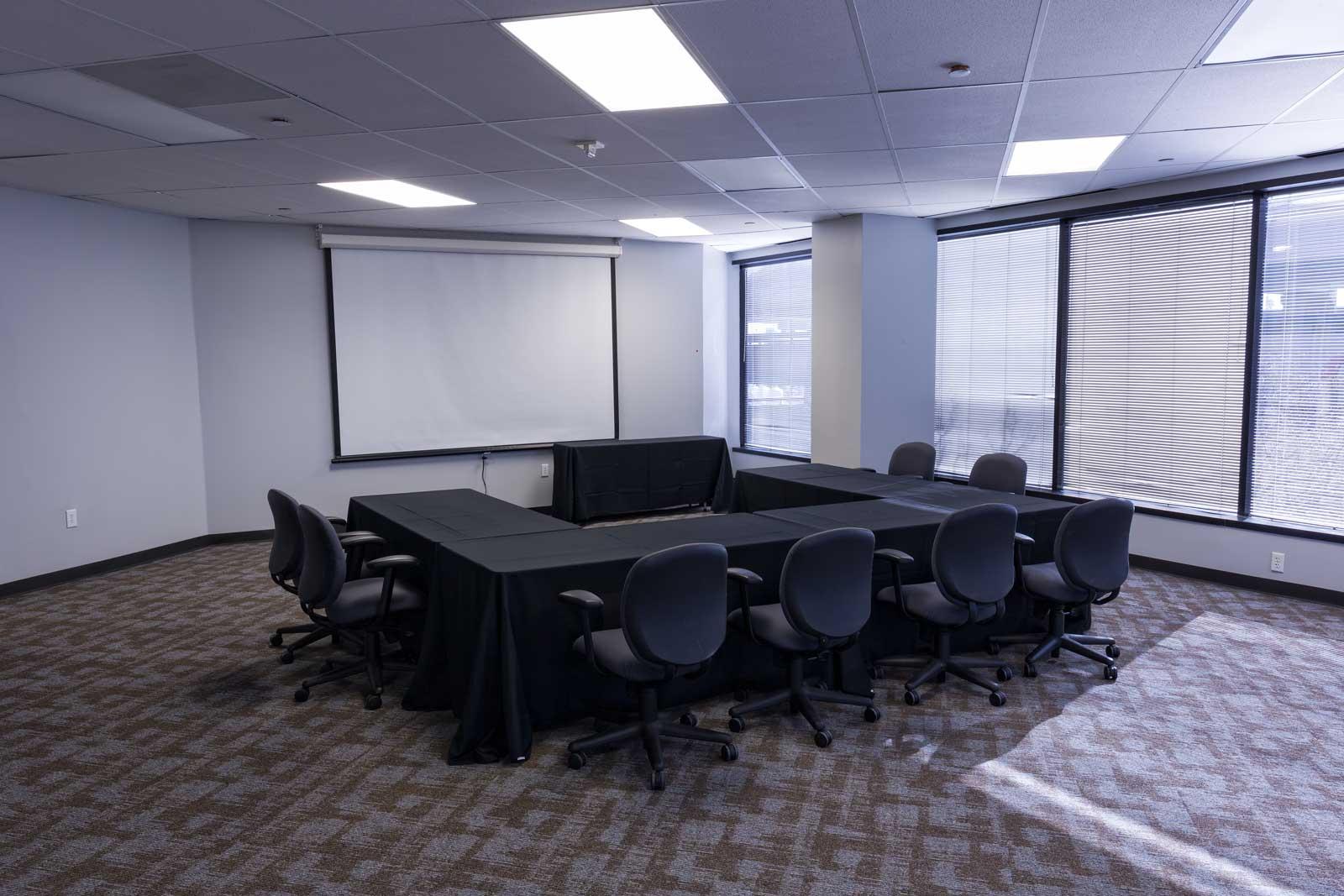 Norris Centers Dallas, Willow Room, Set U-Shape Style