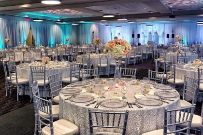 Fabulous Red Oak Ballroom Houston CityCentre Wedding setup